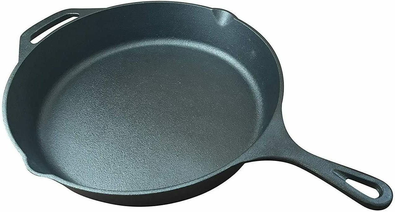 Lodge Cast Pan With Assist