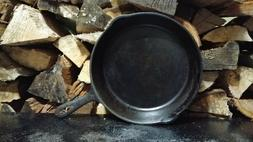 """VINTAGE # 8 10.5 INCH CAST IRON SKILLET """"G"""" MADE IN USA USED"""